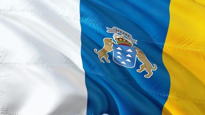 Canarie flag